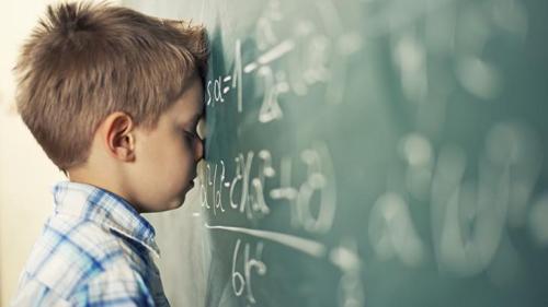 CA-comportamento-filho-nao-ir-escola-D-732x412