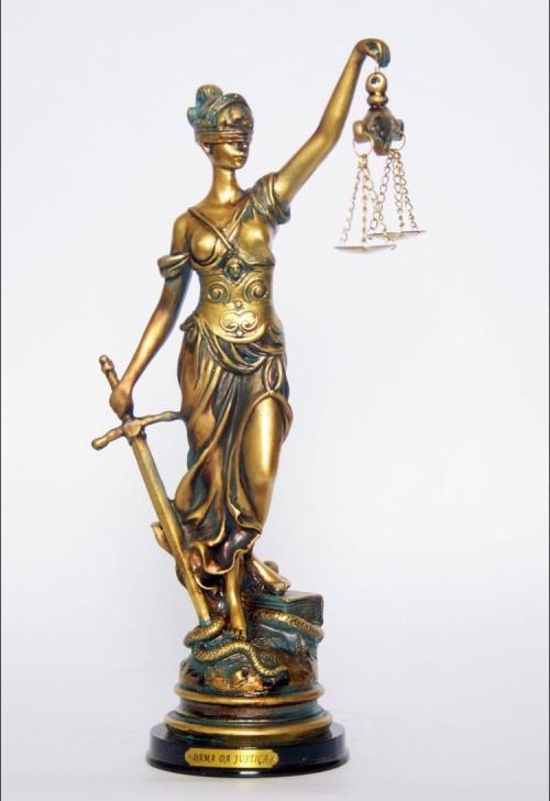 estatua-deusa-da-justica-dama-da-justica-215cm-D_NQ_NP_705905-MLB25076139817_092016-F