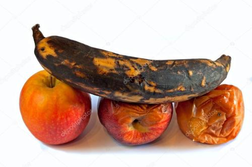 depositphotos_21123671-stock-photo-rotten-fruit